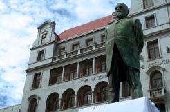 Jan Hofmyer's vandalised statue in Church Square.