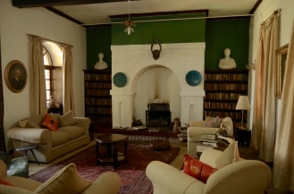 The drawing room.