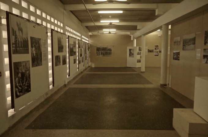 A hall of photographs.