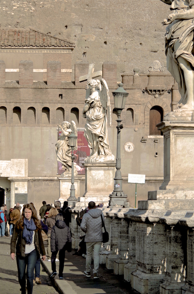 Statues on the Ponte Sant'Angelo.